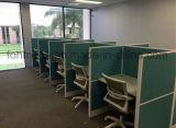 10의 사람 현대 사무실 직물 칸막이실 및 의자
