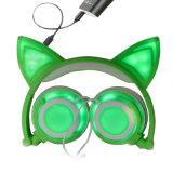 ステレオのワイヤーで縛られたヘッドセット流行の猫耳白熱LEDの軽いヘッドホーン