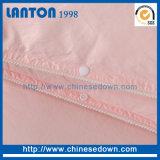 Édredons chauds de polyester de couleur rouge de plaid de vente de plein bâti