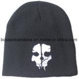 工場農産物はロゴによって刺繍されたアクリルの毎日編まれた冬の赤いヒースの帽子をカスタマイズした