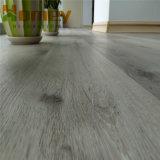 Pavimentazione del PVC di scatto antisdrucciolevole Premium/mattonelle pavimento di lusso del vinile