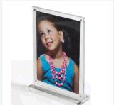 Venda por grosso de qualidade elevada 4*6 Moldura Fotográfica de acrílico com formato personalizado