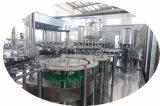 La Chine automatique emballé bouteille de l'eau potable embouteillée boire de l'embouteillage de la machine de remplissage