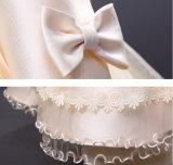 Длинние сборки Applique шнурка платья девушки цветка втулки