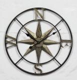 Reloj de Anqtique de la decoración de la pared con diseño de la estrella del metal