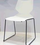 Высокое качество 100% Reddot награждая новые PP самомоднейший Stackable стальной пластичный обедая стул