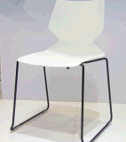 Reddotの授与の高品質100%新しいPP現代スタック可能鋼鉄プラスチック食事の椅子