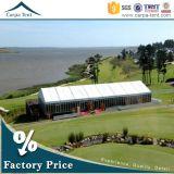 De grote Luifel van de Tent van het Aluminium met de Muur van het Glas voor Huwelijk en Kerk in Kenia