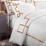 Комплект постельных принадлежностей вышивки египетского хлопка собрания гостиницы белый