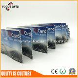 Cr80 boleto de papel estándar de la talla RFID con el embalaje plegable Z