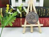 Il disegno all'ingrosso del cliente mette in mostra la medaglia del metallo