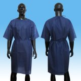 Vカラーまたは円形カラーが付いているSMS Crubのスーツ