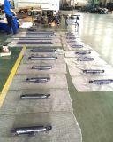 ローダーのフロント・アタッチメントのための水圧シリンダ