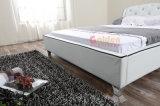 合板のダブル・ベッドデザイン