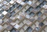 Azulejo de mosaico del shell de agua dulce y del vidrio de mármol y cristalino