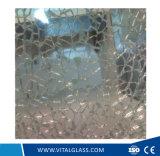 Gebogenes ausgeglichenes Glas