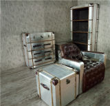 Wand-Geräten-Schrank mit Hauptdekor