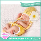 Mini chapeau de l'hiver de bébé de laines de crochet mou confortable