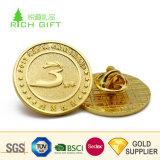 高品質のカスタム金属の黄銅の第2 Debossedのロゴのエナメルの金によってめっきされる謝肉祭の王冠の折りえりピン