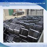 La Cina che fabbrica la tela metallica nera