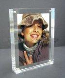 Moldeada transparente Hoja de acrílico marco de la foto imán