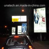 Publicititaryの通りの構造のスクローリングLED媒体の表記を広告するポスターによってバックライトを当てられる旗のフィルム
