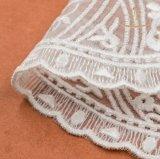 100%年のPolyestherの正方形のかぎ針編みの刺繍のレース