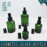 Bouteille en verre cosmétique de cylindre vert et choc crème en verre de chapeau noir
