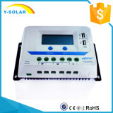 regolatore Dual-USB/2.4A Vs3024au della batteria del comitato solare dell'affissione a cristalli liquidi di 30AMP 12V/24V