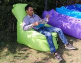 ほとんどの普及したシートのタイプ豆袋の空気ソファーのキャンプ休日のプールの膨脹可能な寝袋(L96)