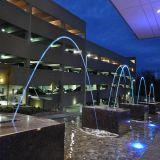 Fontaine d'eau de jet laminaire de saut à l'extérieur