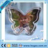 Multifonctionnel Fabriqué en Chine Forme de fleurs Décoration de mariage en plastique Plastique Globe de neige Photo