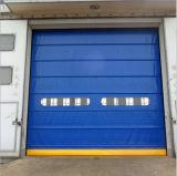 Balanceo rápido motorizado marco de aluminio del PVC que empila la puerta del garage del obturador