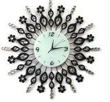 Часы стены ковки чугуна украшения горячего сбывания кристаллический