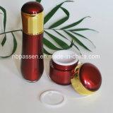 Neuer Luxus-gesetztes Rot/Goldacrylsahneglas für Kosmetik (PPC-NEW-107)