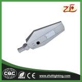 Luz de rua solar do diodo emissor de luz do lúmen elevado Integrated novo ao ar livre