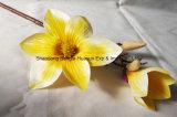 Fiore artificiale del fiore di seta