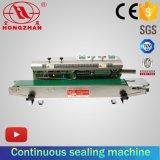 Type horizontal machine automatique de cachetage de sac avec la bande de conveyeur