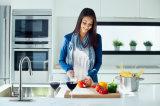 Три функции Распылительная головка потяните вниз под струей горячей воды на кухне струей воды