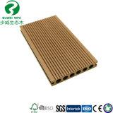 Constructeur composé en plastique en bois de panneau de plancher