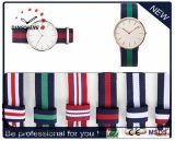 Horloge van de Streep van de Marine (van gelijkstroom-405) het Nylon, het Polshorloge van de NAVO, de Horloges van Daniel Wellington Unisex-