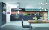 De hete Keukenkast #M2012-17 van het Ontwerp van de Verkoop Nieuwe Hoge Glanzende Houten