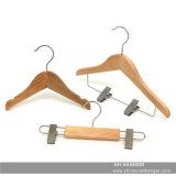 Percha de ropa de madera del bebé natural de los clips de los niños, perchas de madera para los pantalones vaqueros