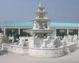 De Marmeren Fontein van het beeldhouwwerk voor de Decoratie van de Tuin
