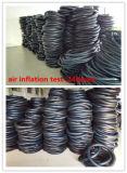 Pneumático da motocicleta do distribuidor de China e câmara de ar butílicos naturais (4.50-12)