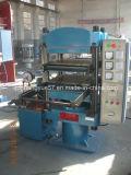 Máquina de vulcanização de produtos de borracha