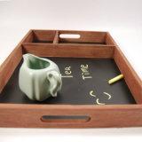 Antigüedades ecológica basada en la pizarra de madera de escritura de tiza Servingtray