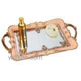 A resina decorativa Wedding segurou a bandeja do espelho