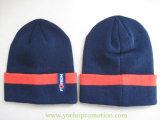100%のアクリルの帽子の冬の帽子は袖口が付いている帽子によって編まれた帽子を編んだ