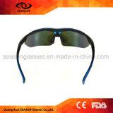 Braços mutáveis da lente do revestimento da visão da parte HD do costume um que dão um ciclo conduzindo óculos de sol dos esportes